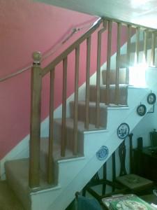 Continuous oak handrail - Alton