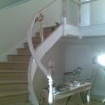 With the newels fitted, i was able to fit the spiral handrail, as well as the straight sections upstairs