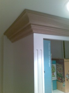 Bookcase on worktop 4, with its solid oak cornice, and side fluting